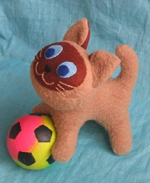 """Детская игрушка """"Котенок Гав"""". Выкройка."""