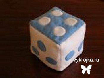 Выкройка «мягкий кубик».